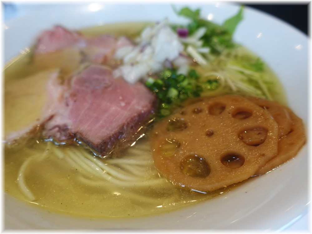 麺や 彩〜iro〜 塩そばの具