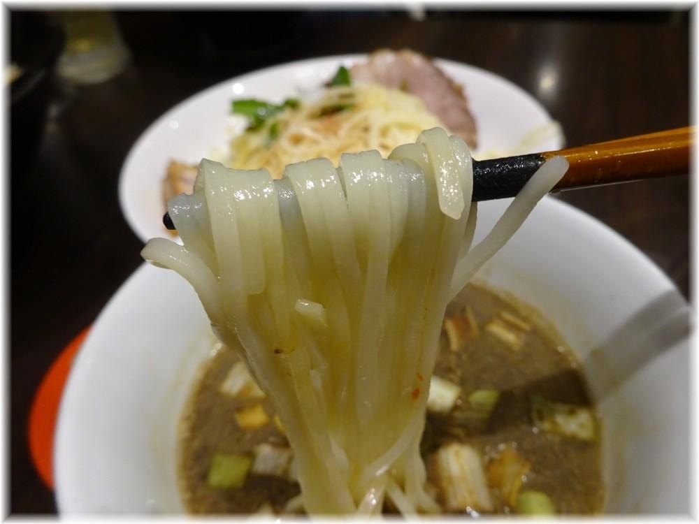 魚露温麺凪 角煮魚露つけ温麺の麺