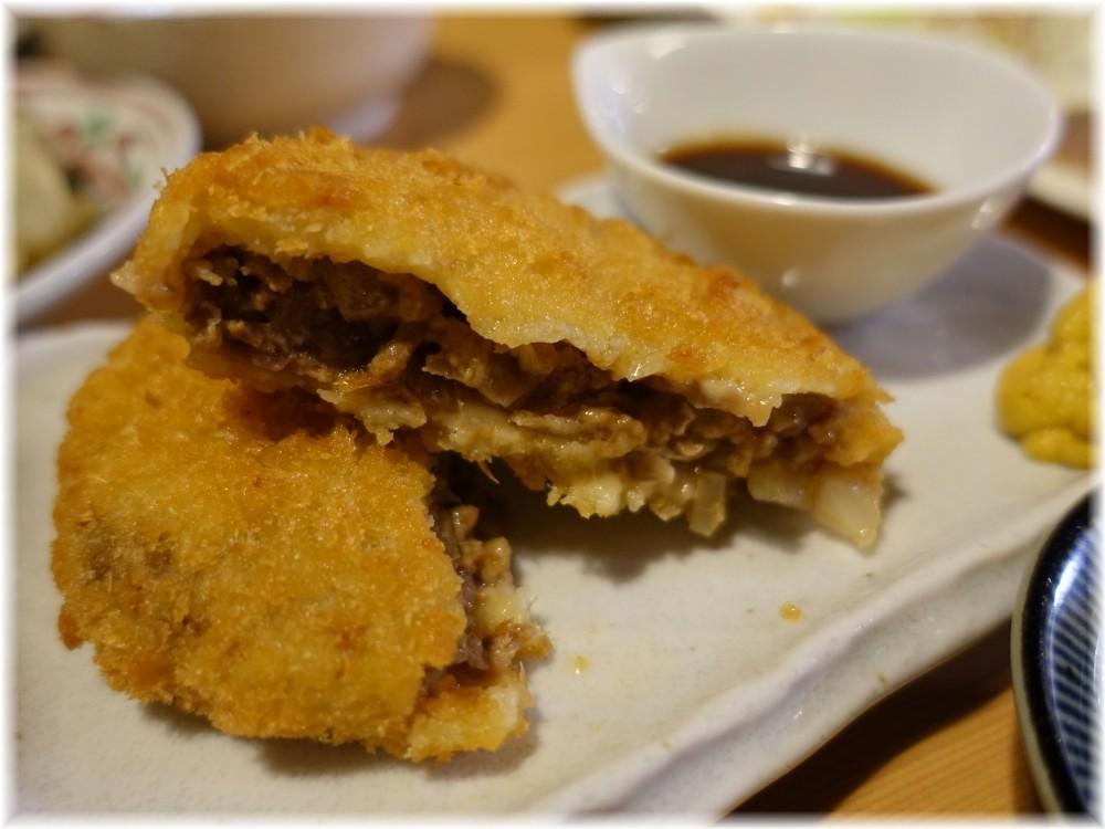 肉そば 鶏中華 最上川 山形牛メンチカツ2