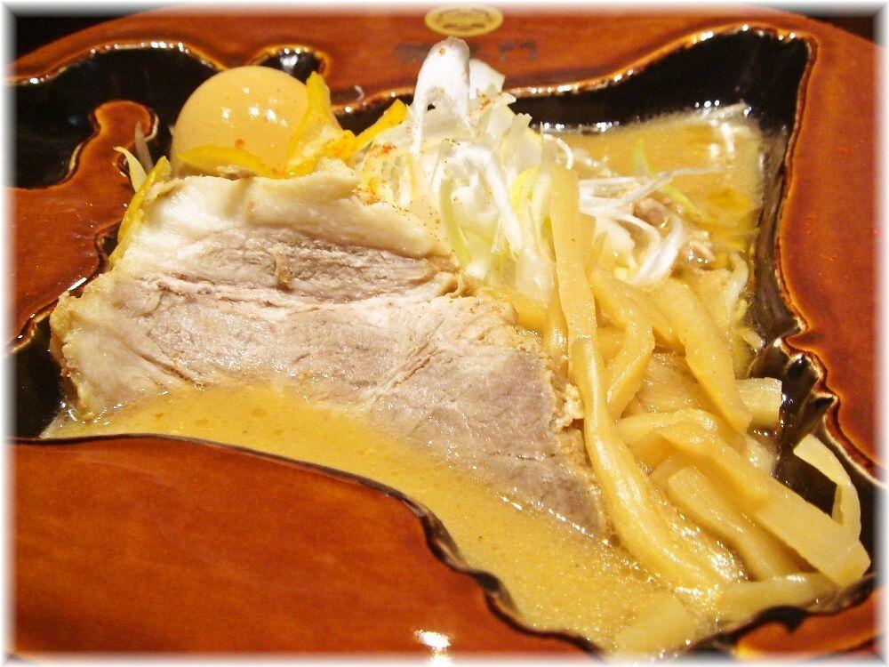 蟹専門けいすけ北の章 極上渡り蟹の味噌ラーメンの具