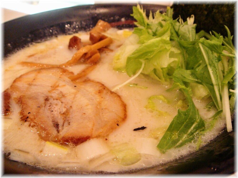 虎心房 虎心麺(塩味)の具