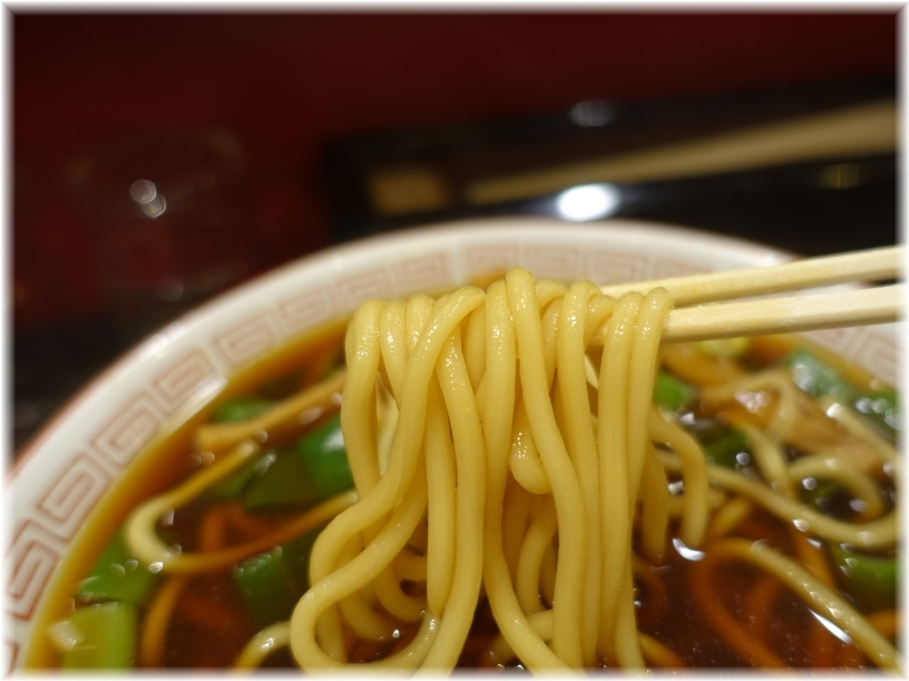 5Hz 中華そば(小)の麺