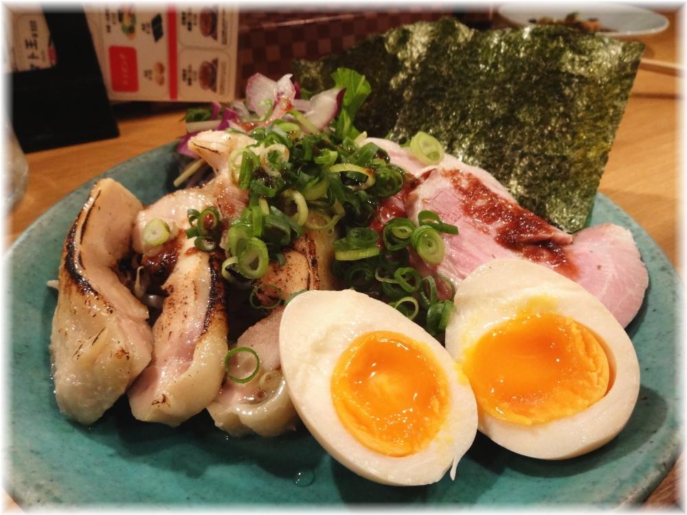 凪Noodle BAR歌舞伎町 おつまみ三点盛り