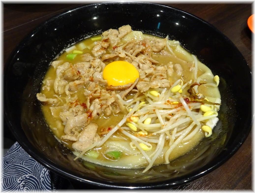魚露温麺凪 肉玉魚露温麺