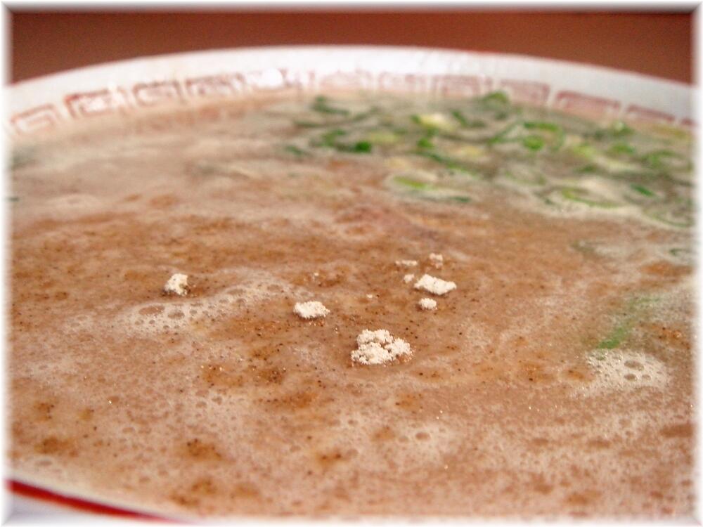 八ちゃんラーメン ラーメンのスープ