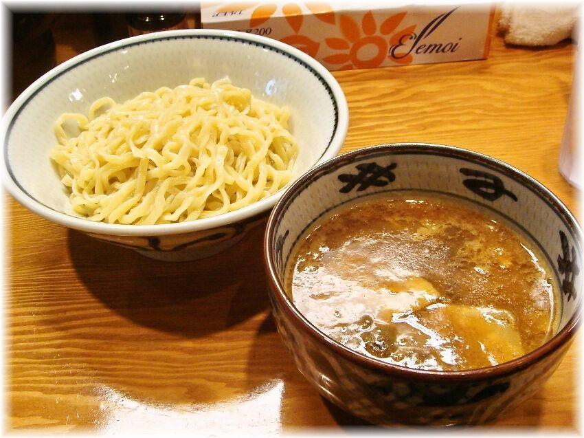 月と鼈 濃厚煮干しつけ麺