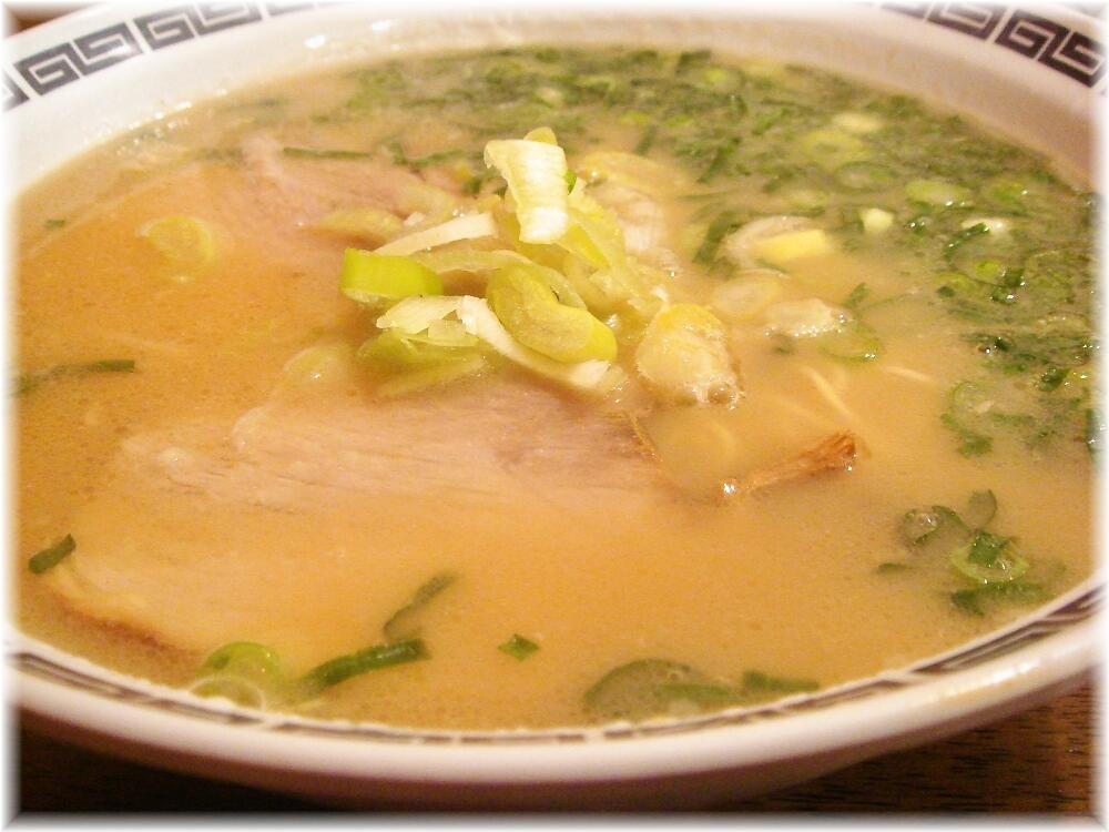 長浜ラーメンじろう。 ラーメンのスープ