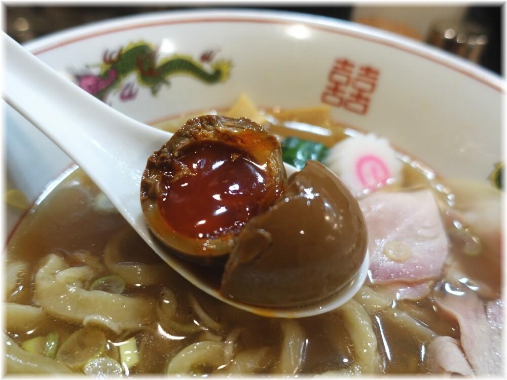 MENクライ 醤油味玉ラーメンの味玉