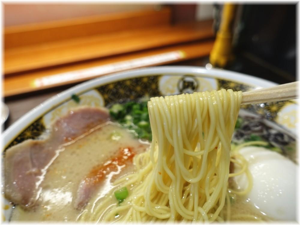 ラーメン凪大宮店2 味玉豚王の麺