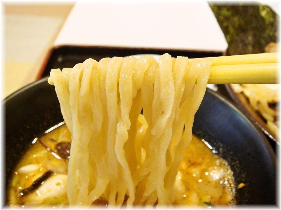 らーめん西海 秋つけ麺の麺