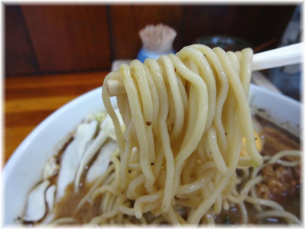 ブッタガヤ ブッタガヤらーめんの麺