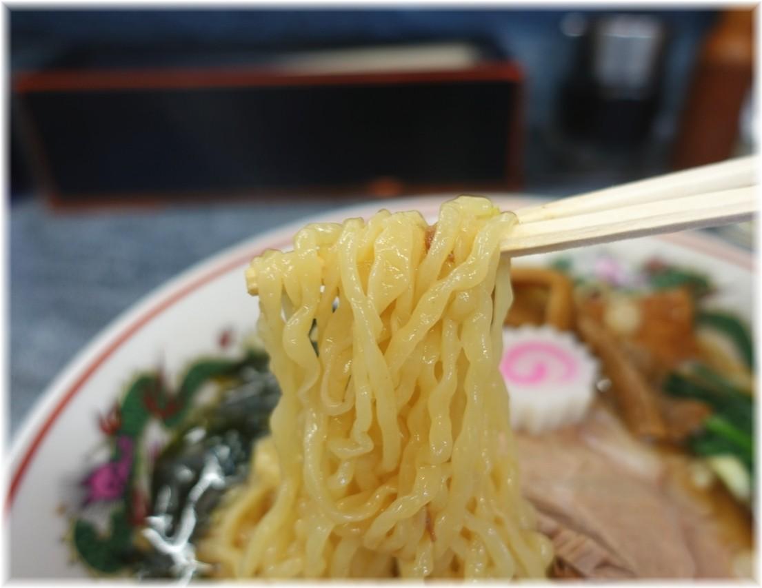 丸鶴 ラーメンの麺