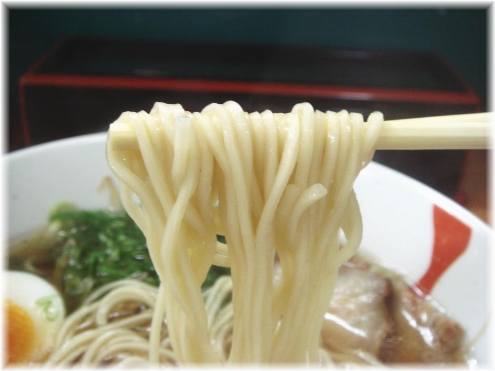 六盛 中華そばの麺