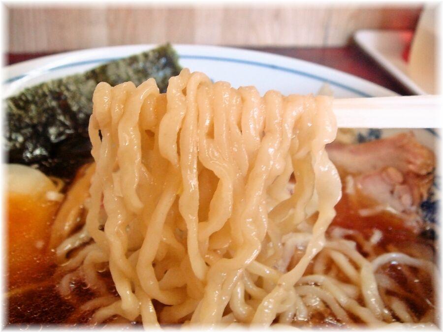 白河中華そば 中華そば+煮玉子の麺