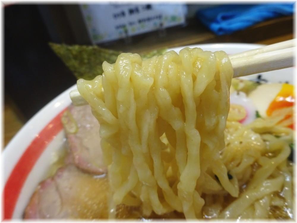 麺壱吉兆2 中華そば+煮玉子の麺
