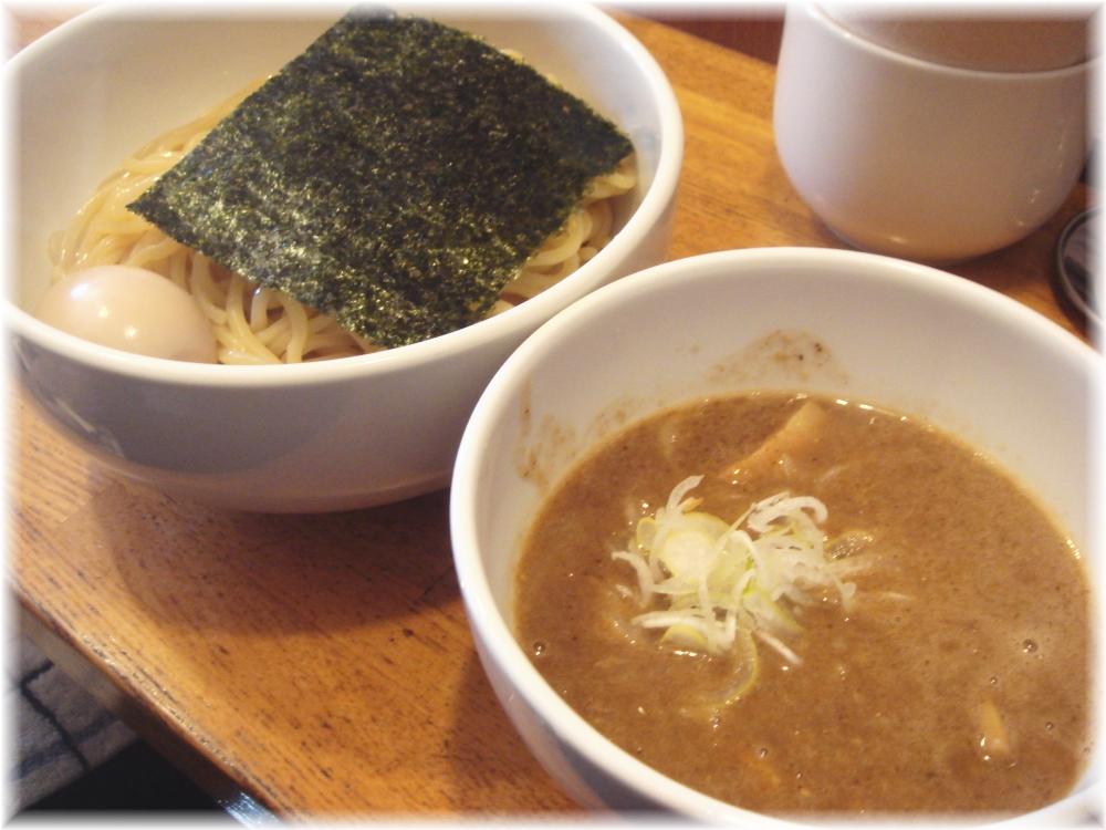 虎愼 味玉濃厚ニボつけ麺