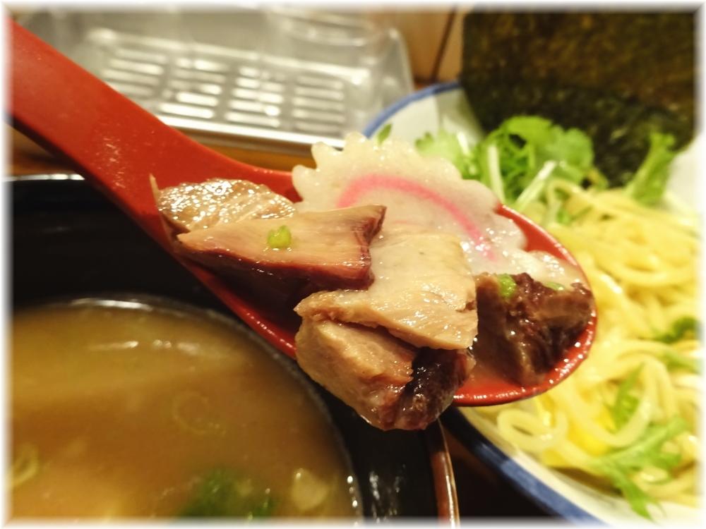 太龍軒7 パクチーつけ麺の具