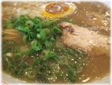 博多新風 濃厚豚骨さかな風味のスープ