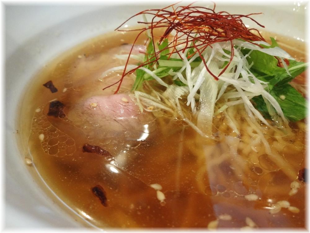 天雷軒 琥珀醤油拉麺のスープ