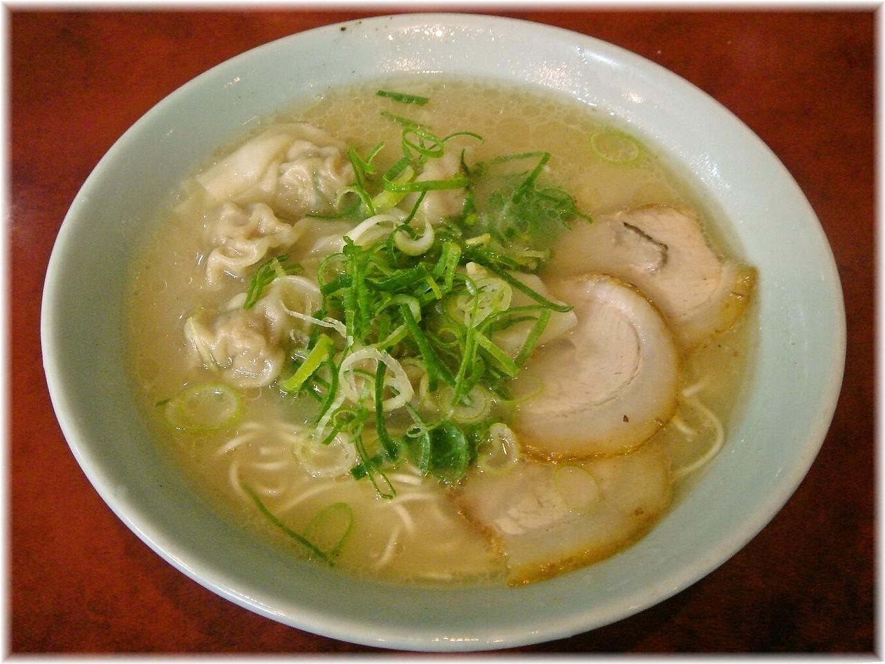 博多荘 元祖ワンタン麺