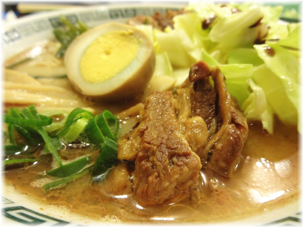 桂花新宿末広店 太肉麺の具