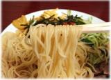 サカエヤミルクホール 冷やし中華の麺