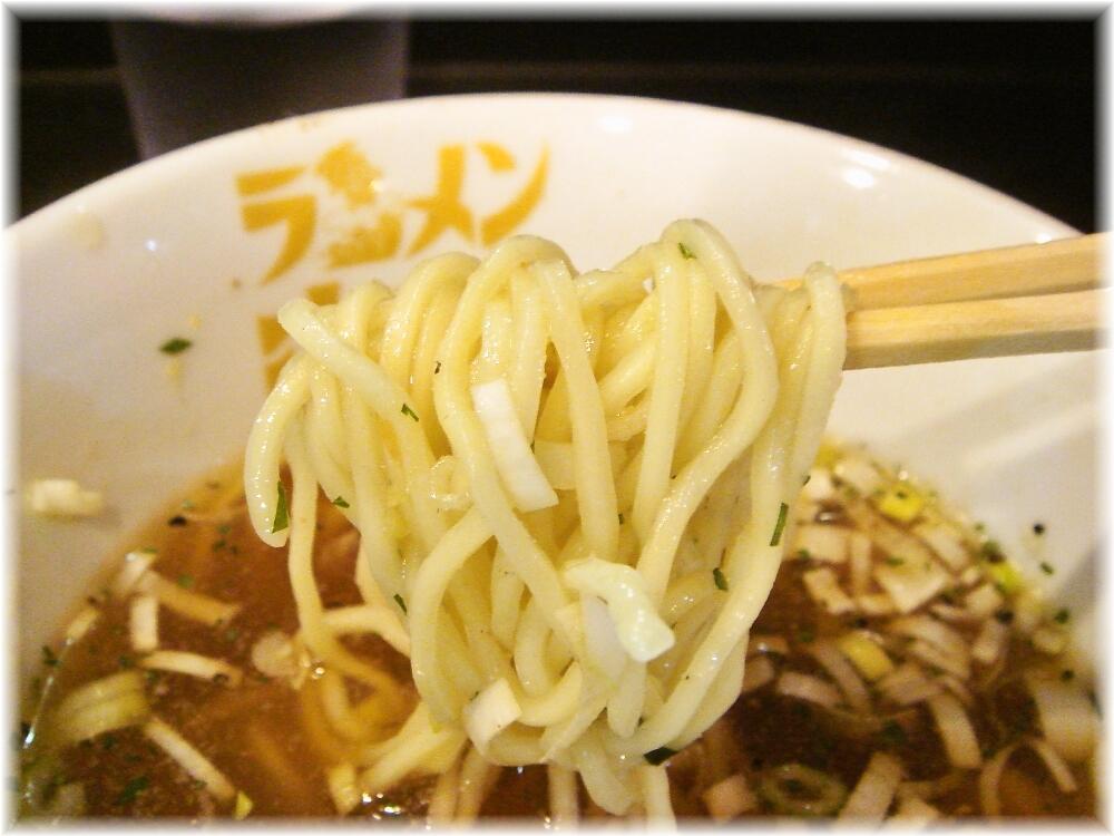 海鳴 中洲店 冷製魚介つけ麺の麺