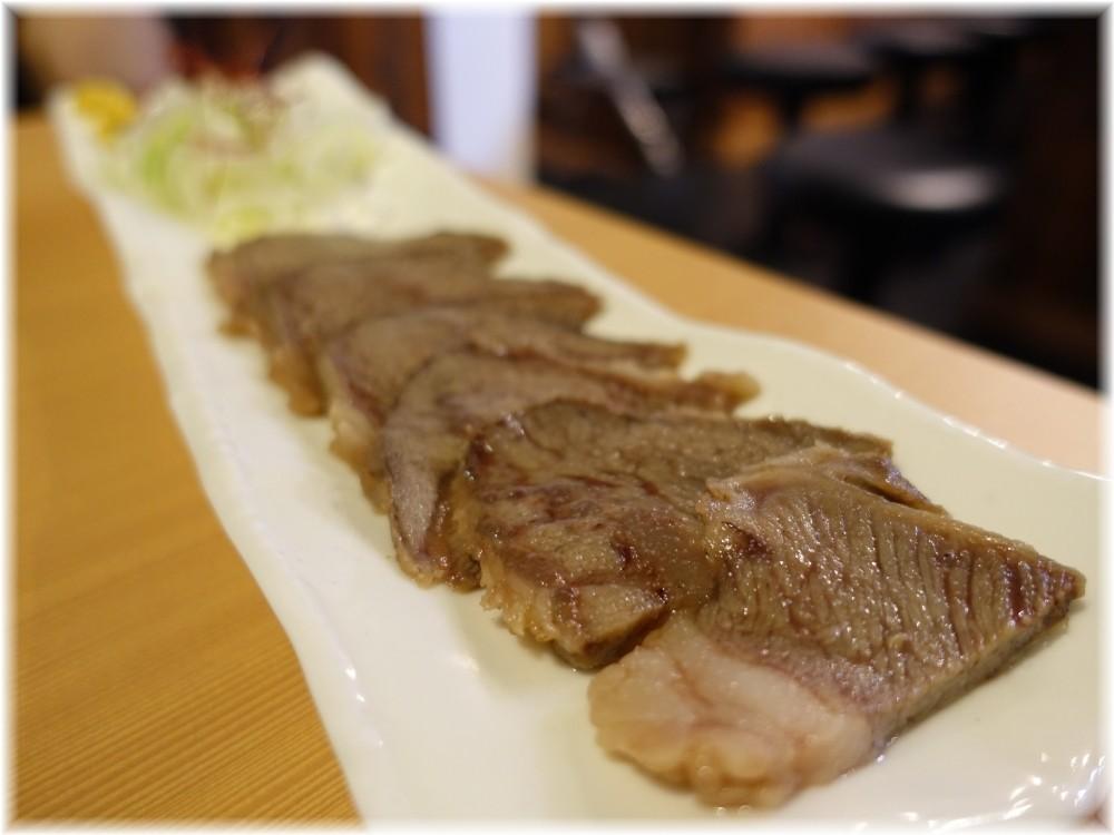 肉そば 鶏中華 最上川 牛ホホ肉蒸し煮