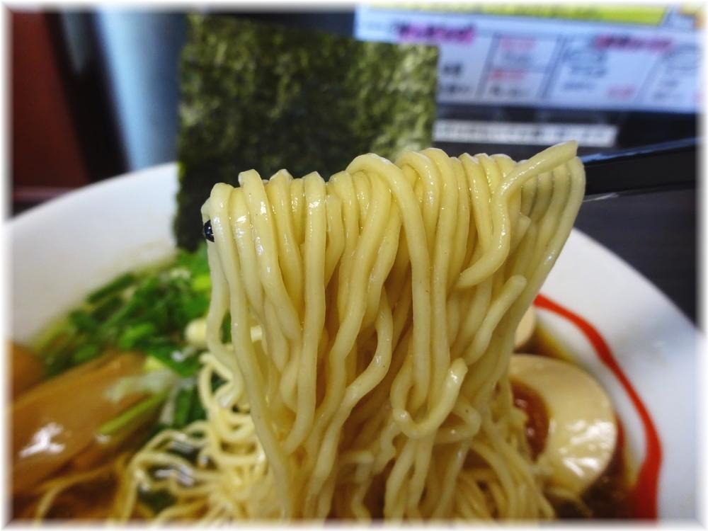 風和梨 醤油ラーメン+味玉の麺
