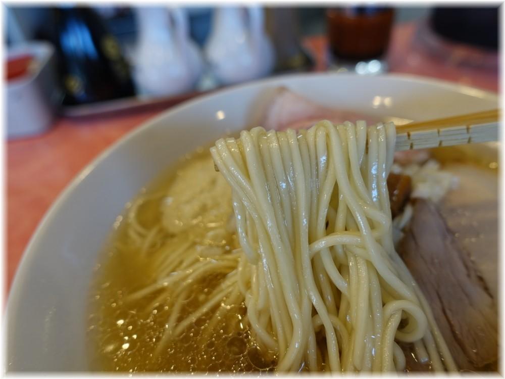カッパラーメンセンター 浅利バター塩ラーメンの麺