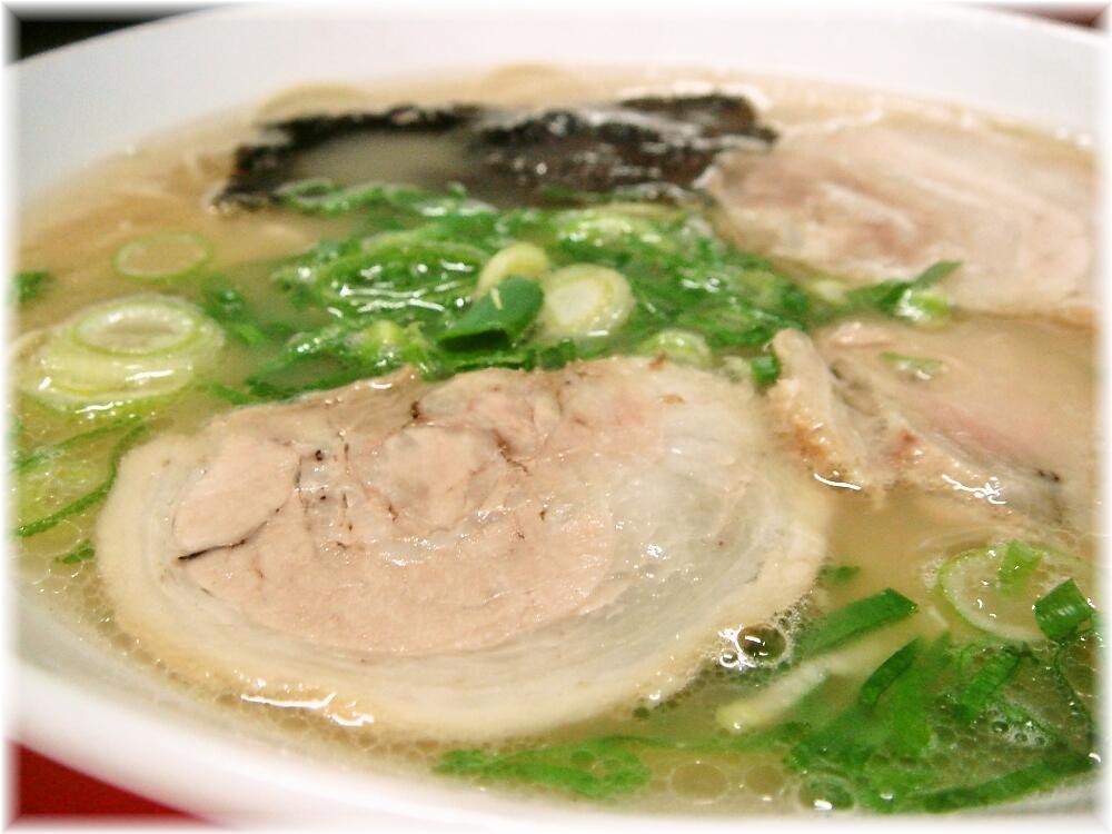 三洋軒支店 ラーメンのスープ