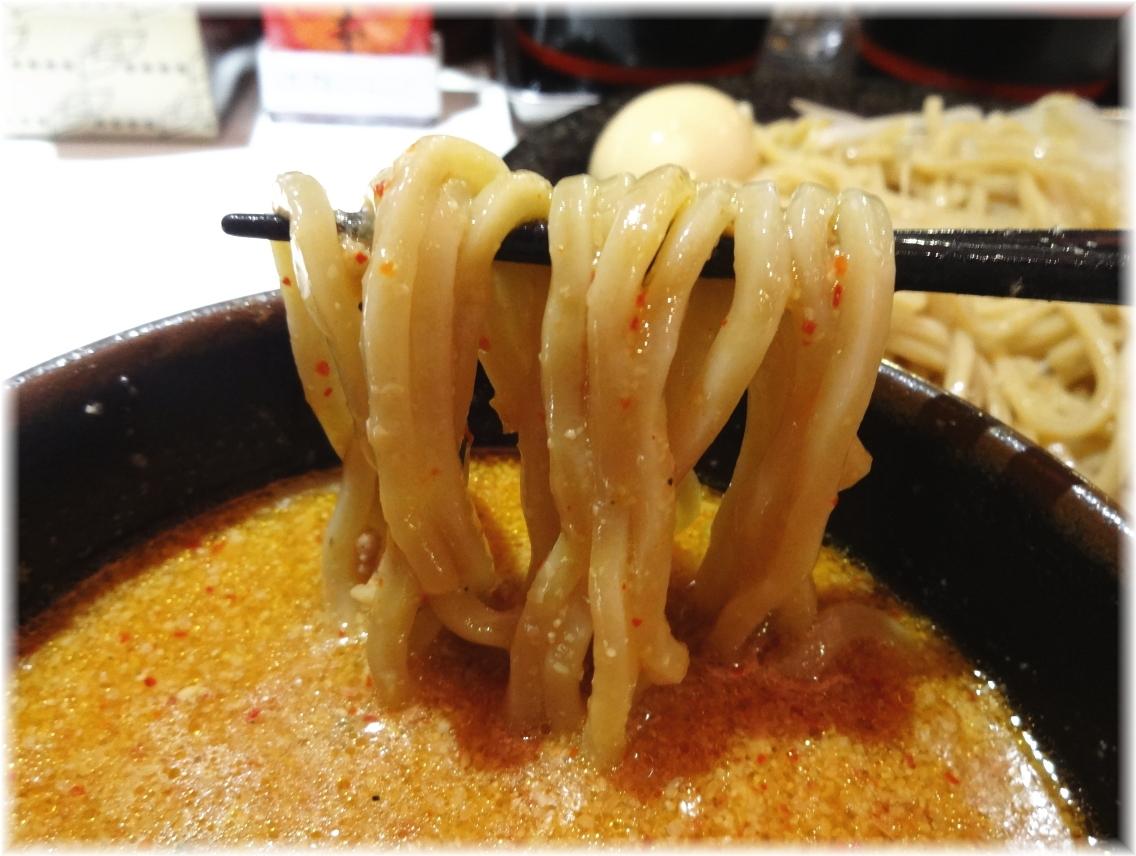 中本高円寺店 冷し肉醤麺の麺