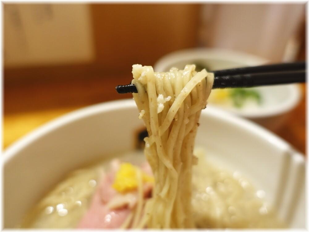 麺魚本店 鯛ラーメンの麺
