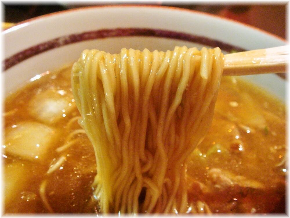同福居 中華ラーメンの麺