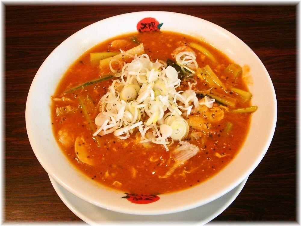 太陽のトマト麺 酸辣トマト麺