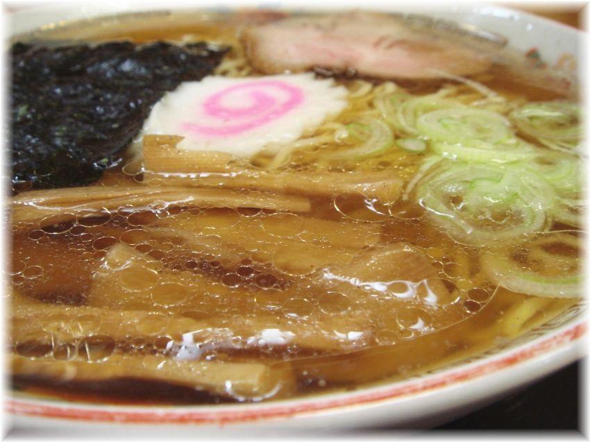 八幡屋 ラーメンのスープ