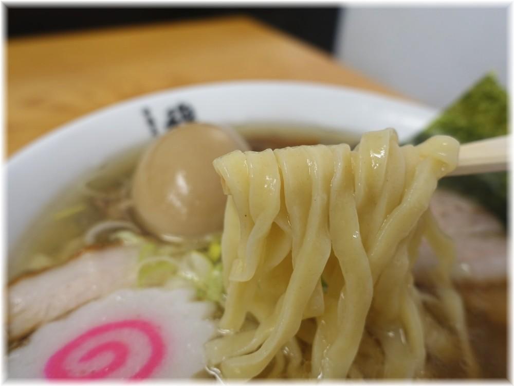 中華そば馥2 肉そば味玉トッピングの麺
