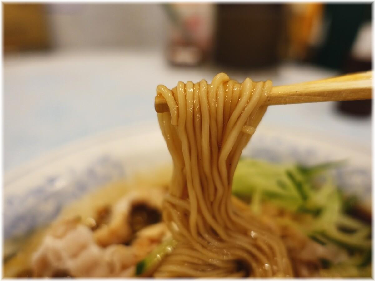 揚州商人渋谷センター街店2 冷しスーラータンメンの麺