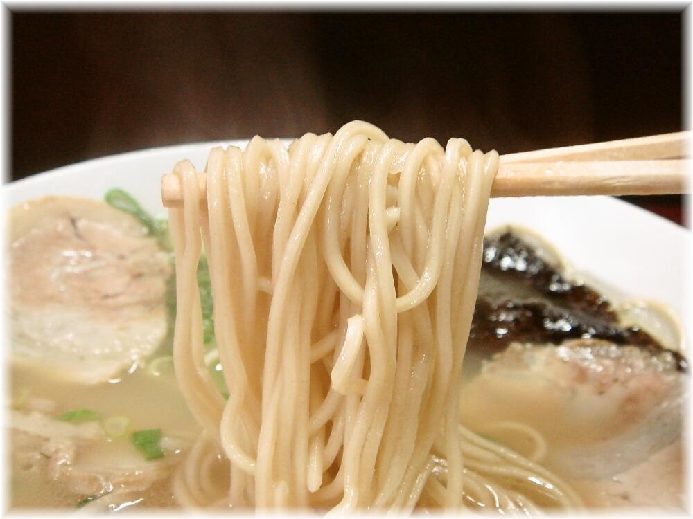 三洋軒支店 ラーメンの麺