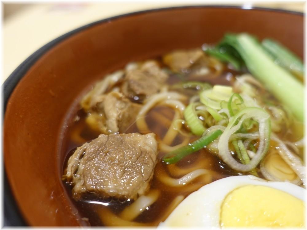 三商巧福赤坂店 牛肉麺の具