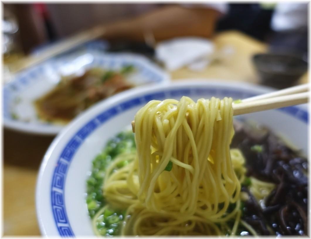 長浜らーめん呑龍2 長浜ラーメン(博多麺)の麺