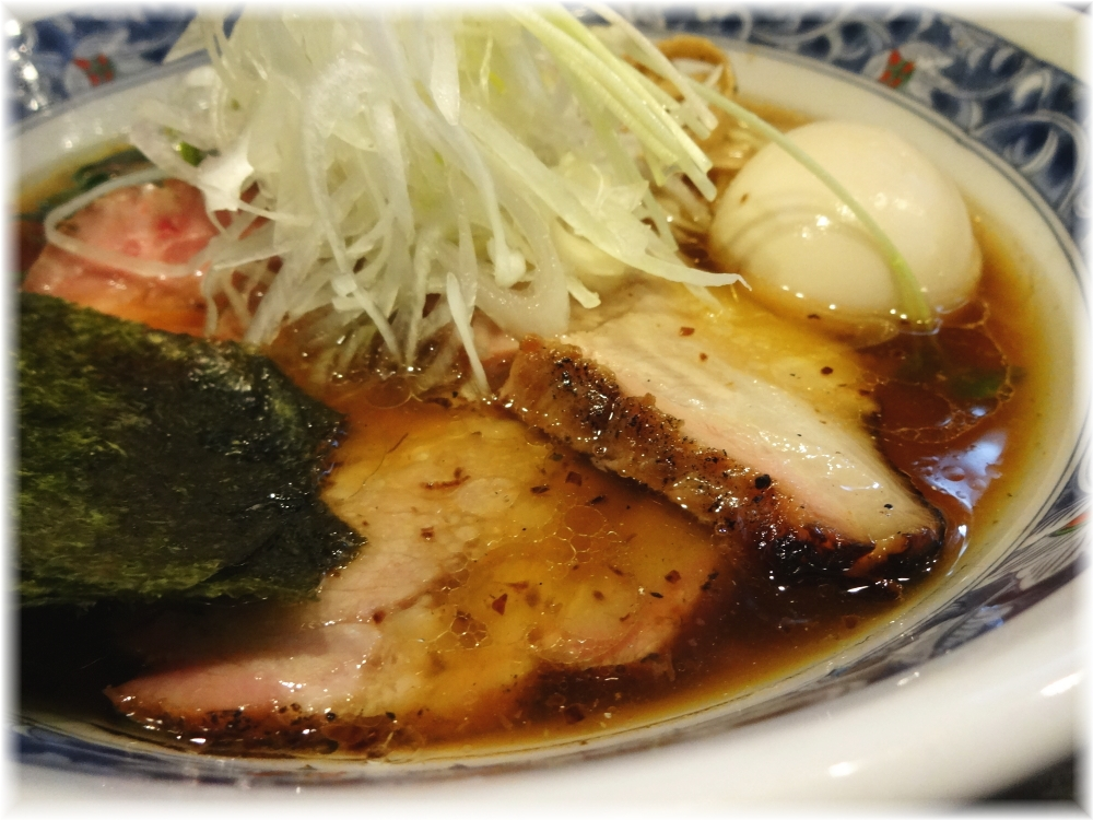 麺処夏海 豊穣清湯特製醤油ラーメンの具