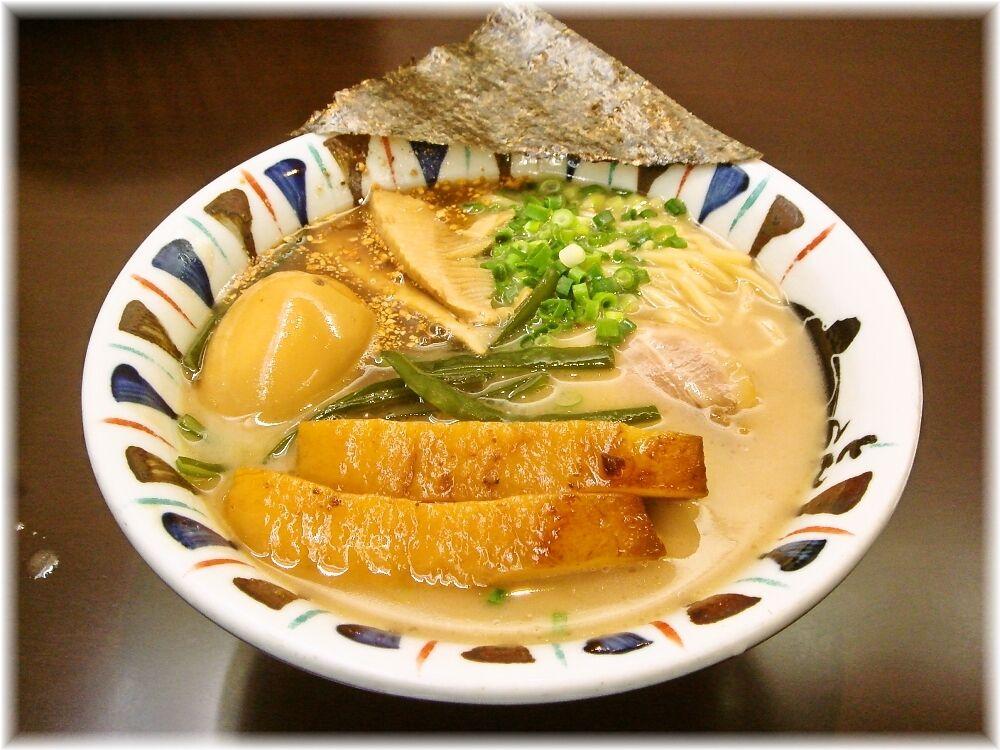 七志 味玉らーめん+角煮