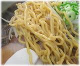 彩未 醤油ラーメンの麺