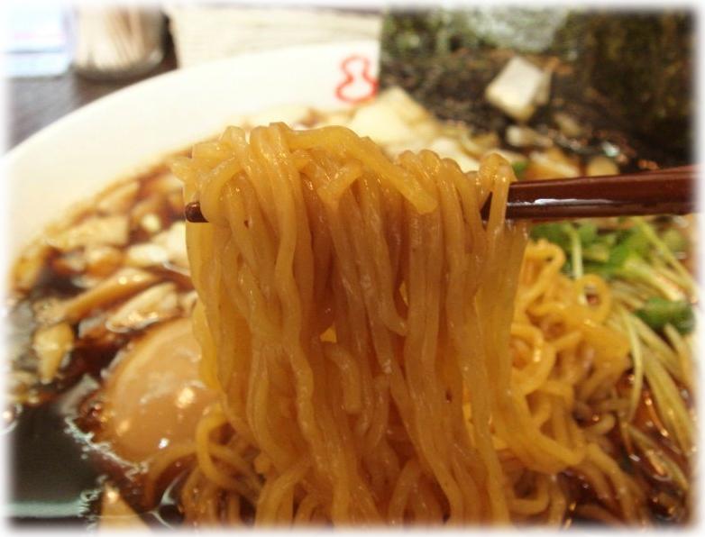 梅乃家 チャーシュー麺の麺