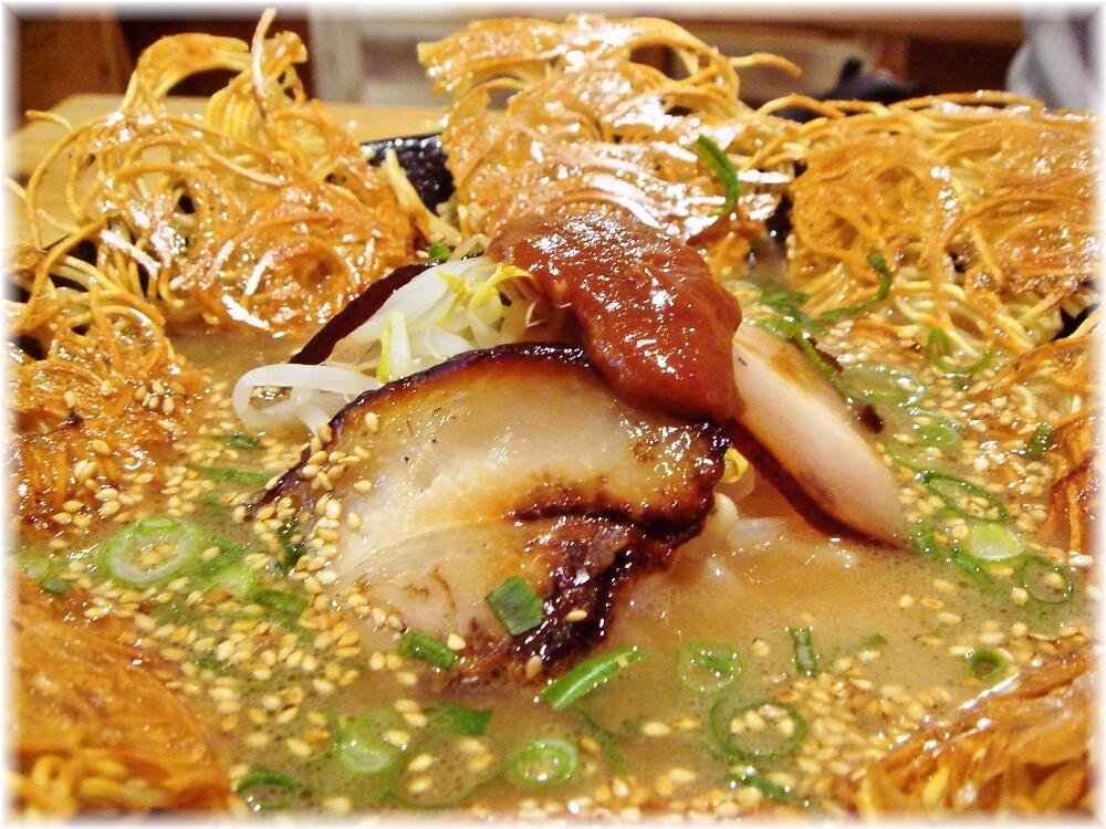 壱の家 豚骨焼麺の具