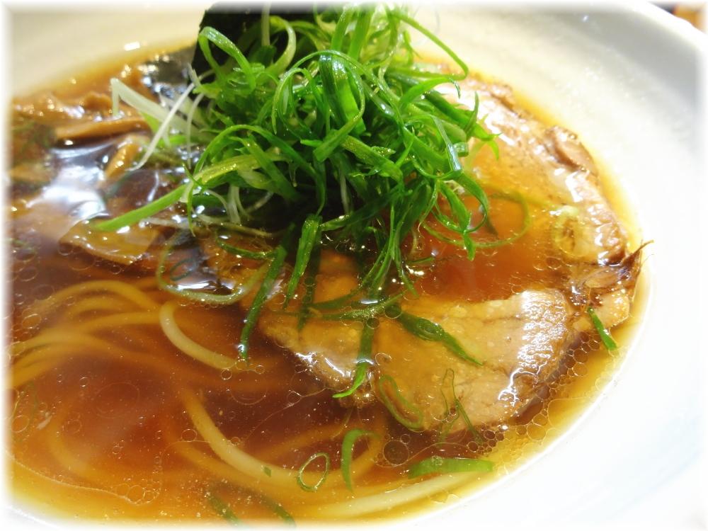 巌哲 醤油のスープ