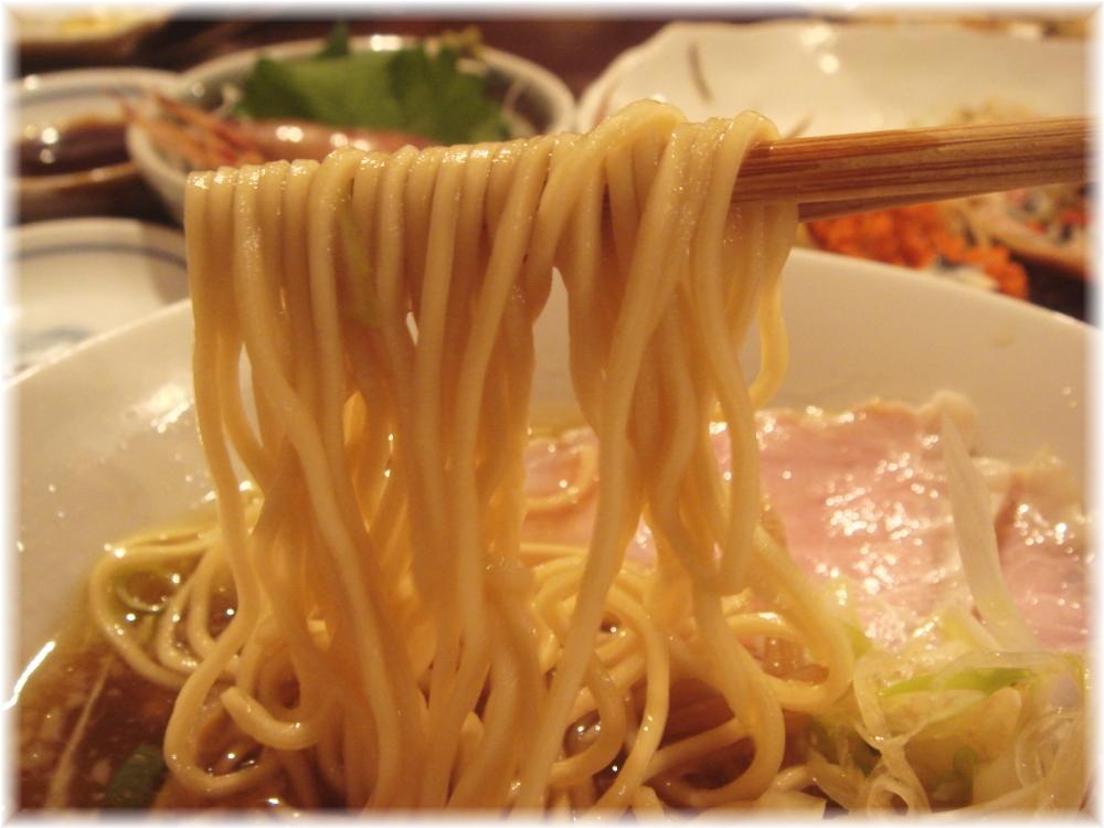 金町製麺 煮干らーめんの麺