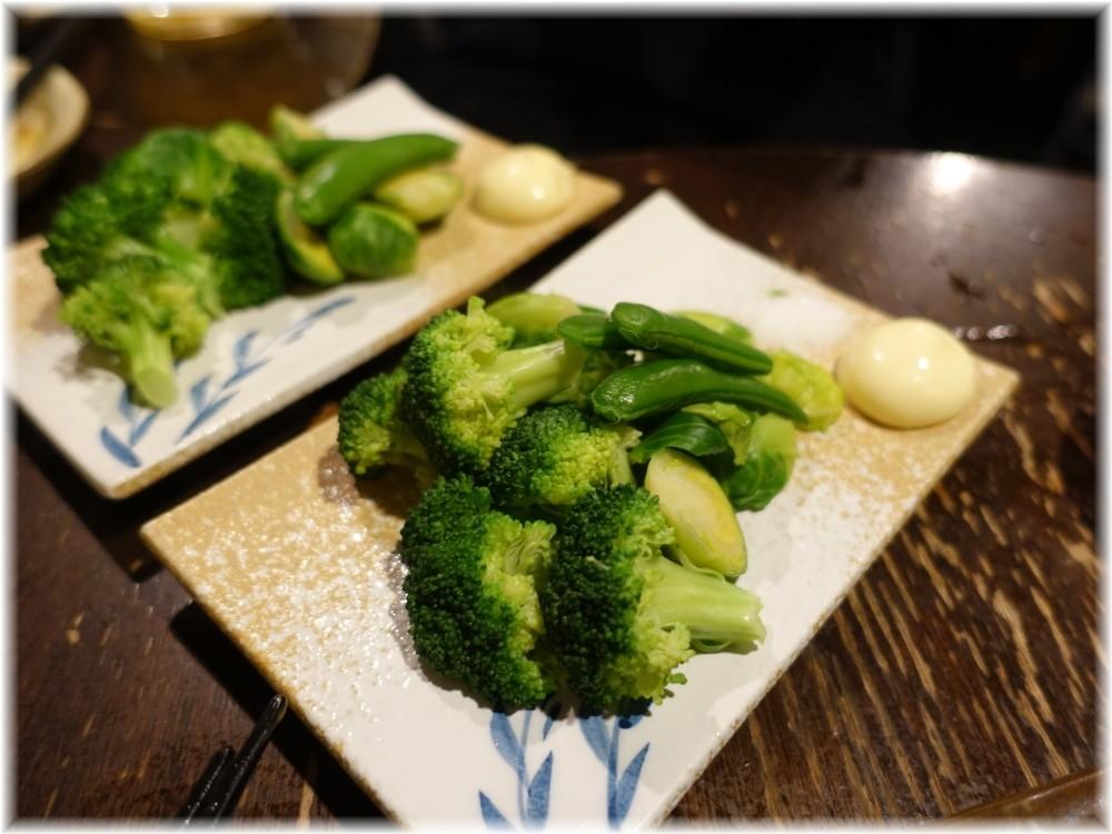金町製麺9 ブロッコリーとエンドウマメ