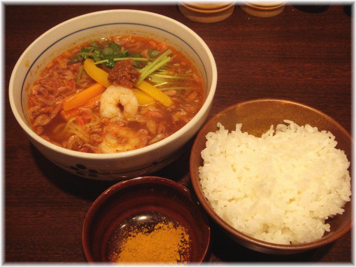 It's shrimp エビ麺、ライス、カレーパウダー